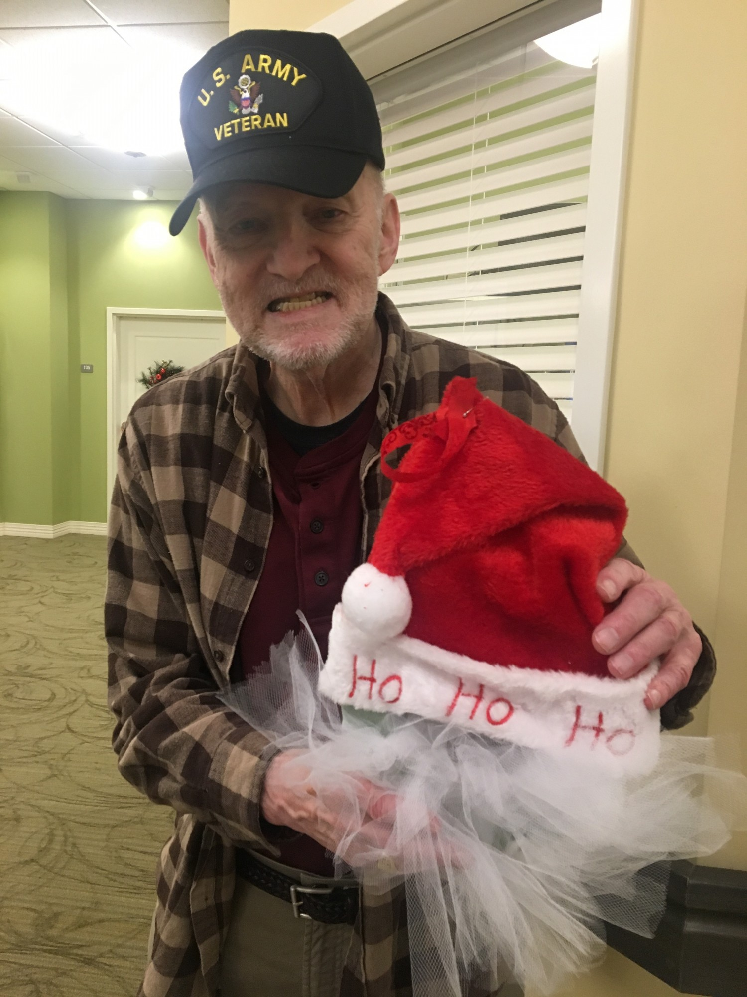 Santa Wreath Making Danbury Assisted Living