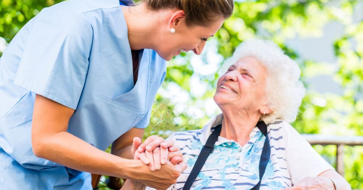 The Benefits of Working in an Assisted Living Community
