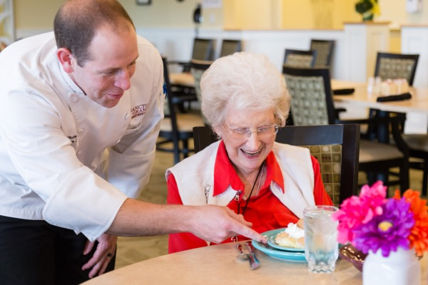 Dining Services | Danbury Senior Living