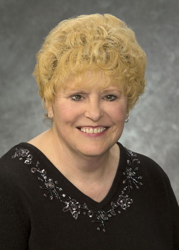 Luanne Felgar, Business Office Manager | Danbury Senior Living, Alliance, OH