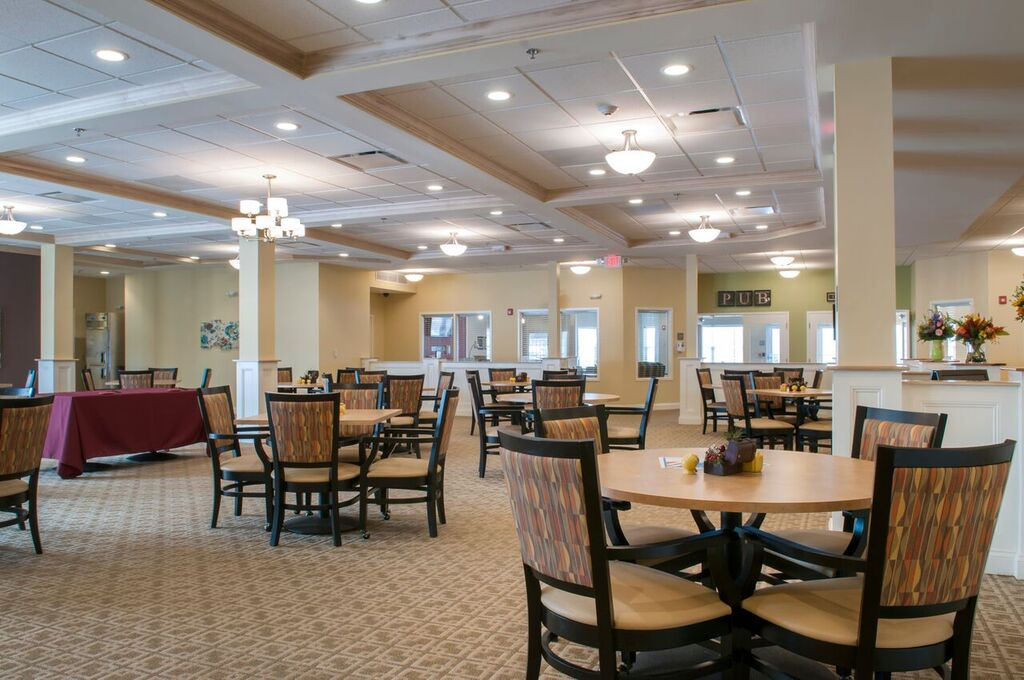 Dining | Danbury Senior Living