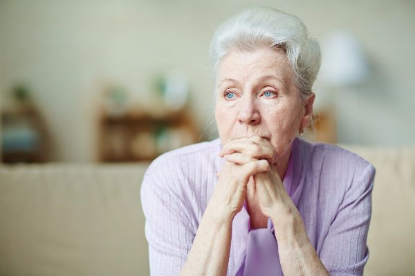 Is it time to move to a senior living community? | Danbury Senior Living