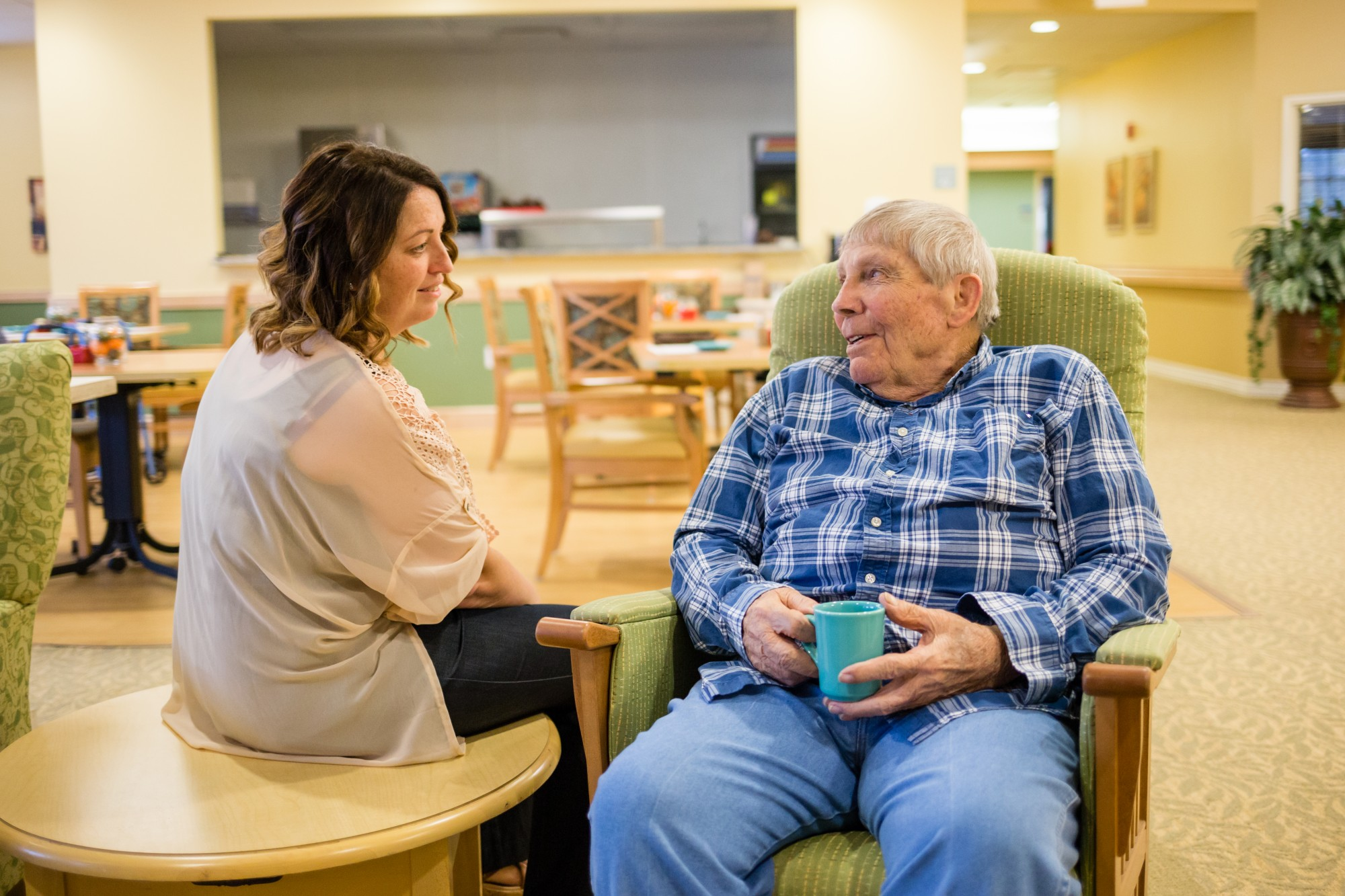 2 Entry-Level Positions That Pay for Your Resume Building
